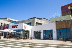 爱德乐,俄罗斯 在堤防的肯德基咖啡馆 免版税库存照片