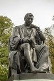 爱德华・詹纳纪念碑雕象,伦敦 库存照片