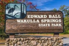 爱德华球Wakulla春天国家公园入口标志,佛罗里达 免版税库存图片