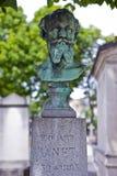 爱德华马奈坟墓在Passy公墓 免版税库存照片