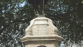 爱德华Colston雕象在布里斯托尔市中心 影视素材