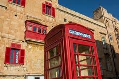爱德电话客舱在老镇Vialleta 图库摄影