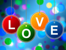 爱心脏代表情人节和喜爱 免版税图库摄影