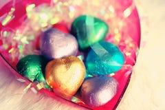 爱心脏甜颜色的巧克力华伦泰 库存图片