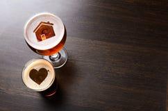 爱恋的地方工艺啤酒 免版税图库摄影
