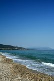 爱琴海海滩海运 免版税图库摄影