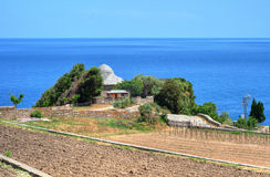 爱琴海的岸的之家,圣山 免版税图库摄影