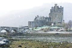 爱莲・朵娜城堡在冬天 免版税库存照片