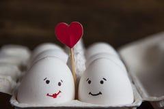 爱蛋加上在箱子的心脏 免版税库存照片