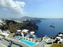 爱琴海小船fira老santorini海运视图火山 库存图片