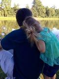父亲和女儿爱 免版税库存照片