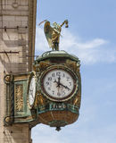 父亲在修造的珠宝商的时钟,芝加哥 免版税库存照片