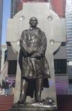 父亲在时代广场的达菲纪念碑在曼哈顿 免版税库存照片
