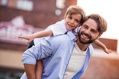 爸爸和儿子 图库摄影