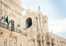 片段古老西勒鸠斯Duomo di西拉库萨,西西里岛,意大利大教堂  库存图片