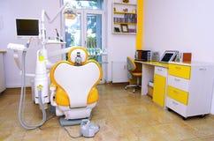 牙科医生椅子 库存照片