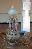 牙遗物的寺庙喷泉在康提,斯里兰卡 免版税库存照片