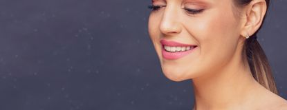 牙齿健康概念-健康美丽的妇女牙和微笑 免版税图库摄影