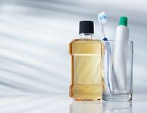 牙齿卫生学方面的产品 库存图片