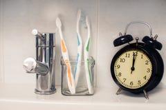 牙齿卫生学时间概念 库存图片