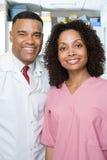 牙医和牙齿护士 免版税库存照片