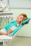 牙医工作不是那么容易 库存图片