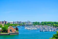 水牛城小游艇船坞,纽约 免版税库存照片