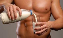 牛奶体育。 免版税库存图片