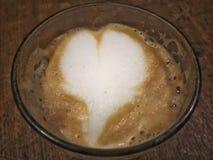 牛奶形状的心脏 库存图片