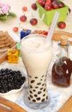 牛奶珍珠茶 库存照片
