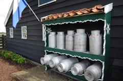 牛奶罐在阿姆斯特丹 库存照片