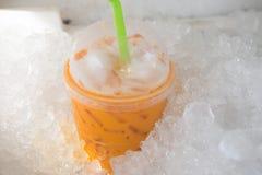 冻牛奶茶甜饮料 库存图片