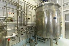 牛奶巴氏灭菌作用 库存照片