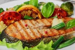 牛排烤三文鱼 免版税库存图片