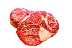 牛排osso buco在白色背景 免版税库存图片