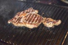牛排ribi黑色安格斯烤了 库存照片