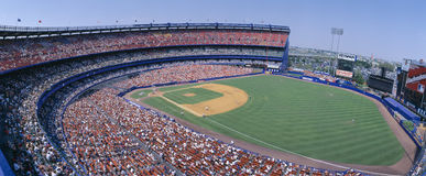 牛油树体育场, NY Mets卷SF巨人,纽约 SF巨人,纽约 库存图片
