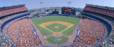 牛油树体育场, NY Mets卷SF巨人,纽约 SF巨人,纽约 免版税库存照片