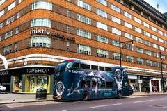 牛津街n伦敦看法  牛津街是在伦敦,英国的伦敦西区的一条主要公路 图库摄影
