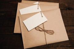 从牛皮纸的信封 免版税库存图片
