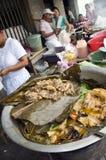 牛肉利昂nica炖煮的食物蔬菜丝兰 免版税库存照片