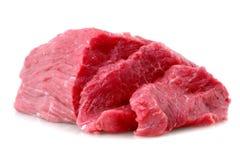 牛肉块在白色的牛排。 库存图片