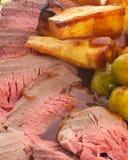 牛肉正餐格式纵向烘烤 图库摄影