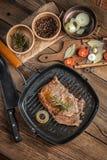 牛肉油煎的牛排 免版税库存图片
