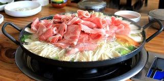 牛肉热的罐 免版税图库摄影
