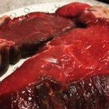 牛腰肉排准备好烤肉 图库摄影