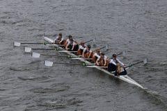 牛津大学在查尔斯赛船会妇女的冠军Eights头赛跑  免版税库存图片