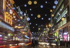 牛津街道圣诞灯在伦敦 免版税库存照片