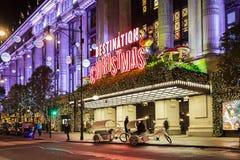 牛津街11月13日2014年,伦敦,装饰为圣诞节 免版税图库摄影