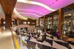 360购物中心的内部在科威特 免版税库存图片